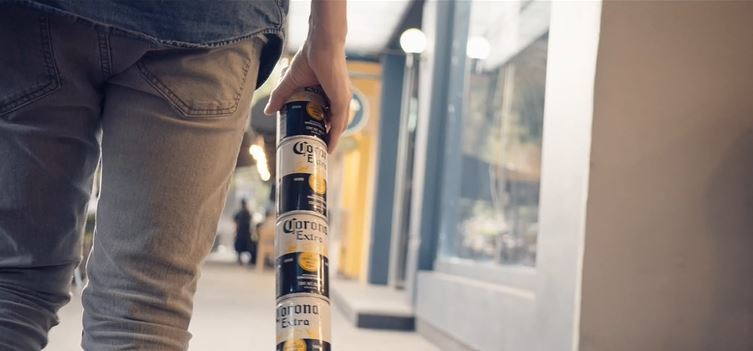 Corona releases Fit Packs: Beer cans that link together